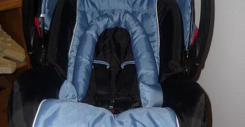 A gyerekülés a jármű felszereléséhez tartozik